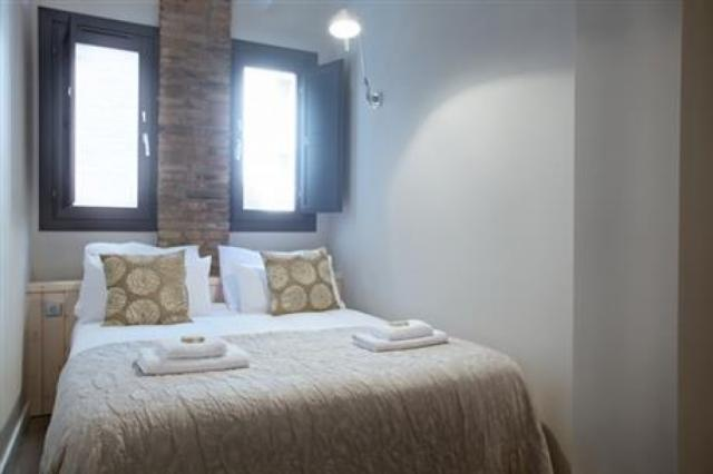 Sagrada Familia Apartment G